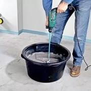 Подготовка цементного раствора для стяжки пола